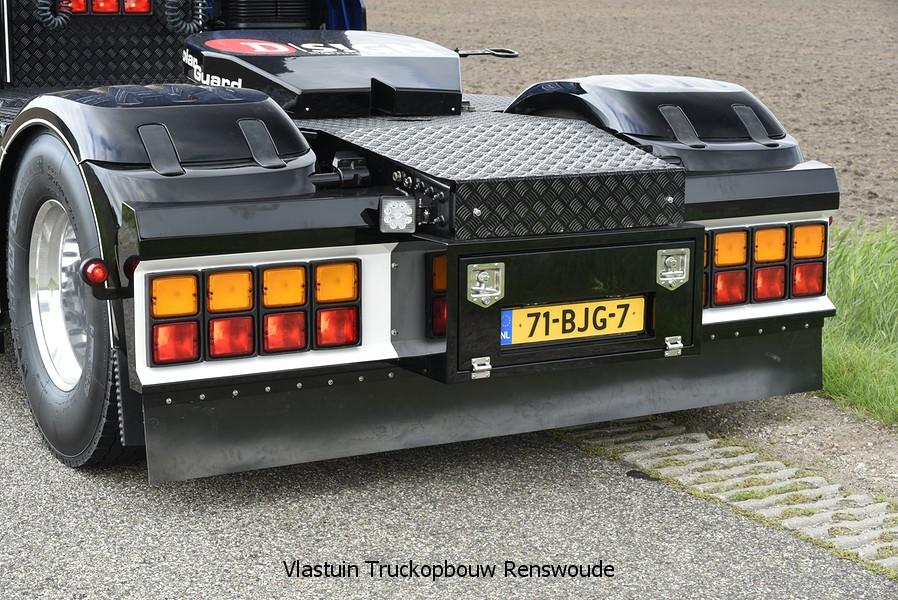 VLASTUIN-ACHTERBUMPER-146