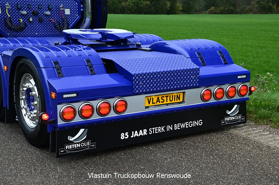 VLASTUIN-ACHTERBUMPER-57