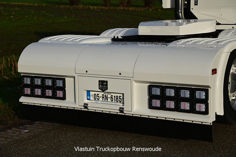 VLASTUIN-ACHTERBUMPER-58