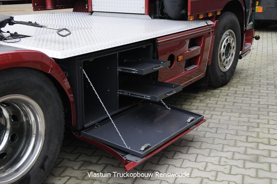 VLASTUIN-OPBERGKIST-134